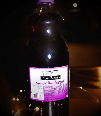 Suco de uva Simonetto tinto integral